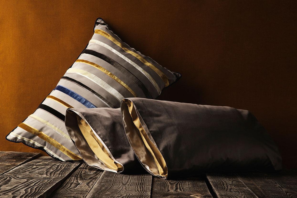 alberto bargna rappresentanze deluxe nobilitas. Black Bedroom Furniture Sets. Home Design Ideas