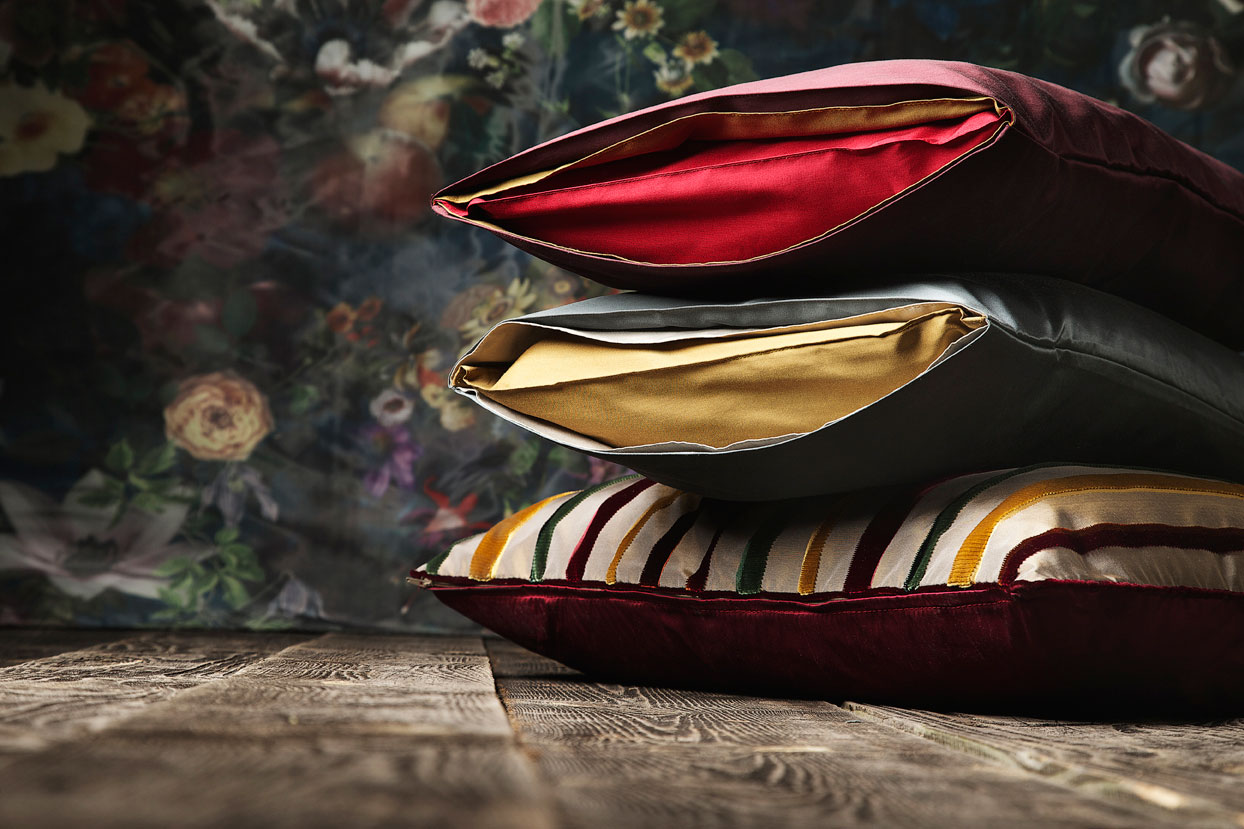 alberto bargna rappresentanze euphorica deluxe nobilitas. Black Bedroom Furniture Sets. Home Design Ideas